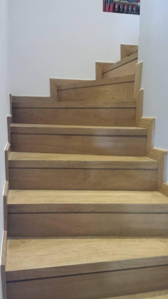 Σκάλα από Δρύς Μασίφ σε μονοκατοικία στην Εκάλη - Έργα Αντωνόπουλος