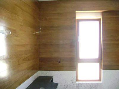Ξύλινη επένδυση τοίχου από Δρυς σε μονοκατοικία στην Κηφισιά - Έργα Αντωνόπουλος
