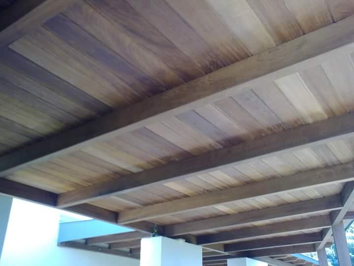 Σύνθετη ξυλεία Ιρόκο σε μονοκατοικία στα Χανιά - Έργα Αντωνόπουλος