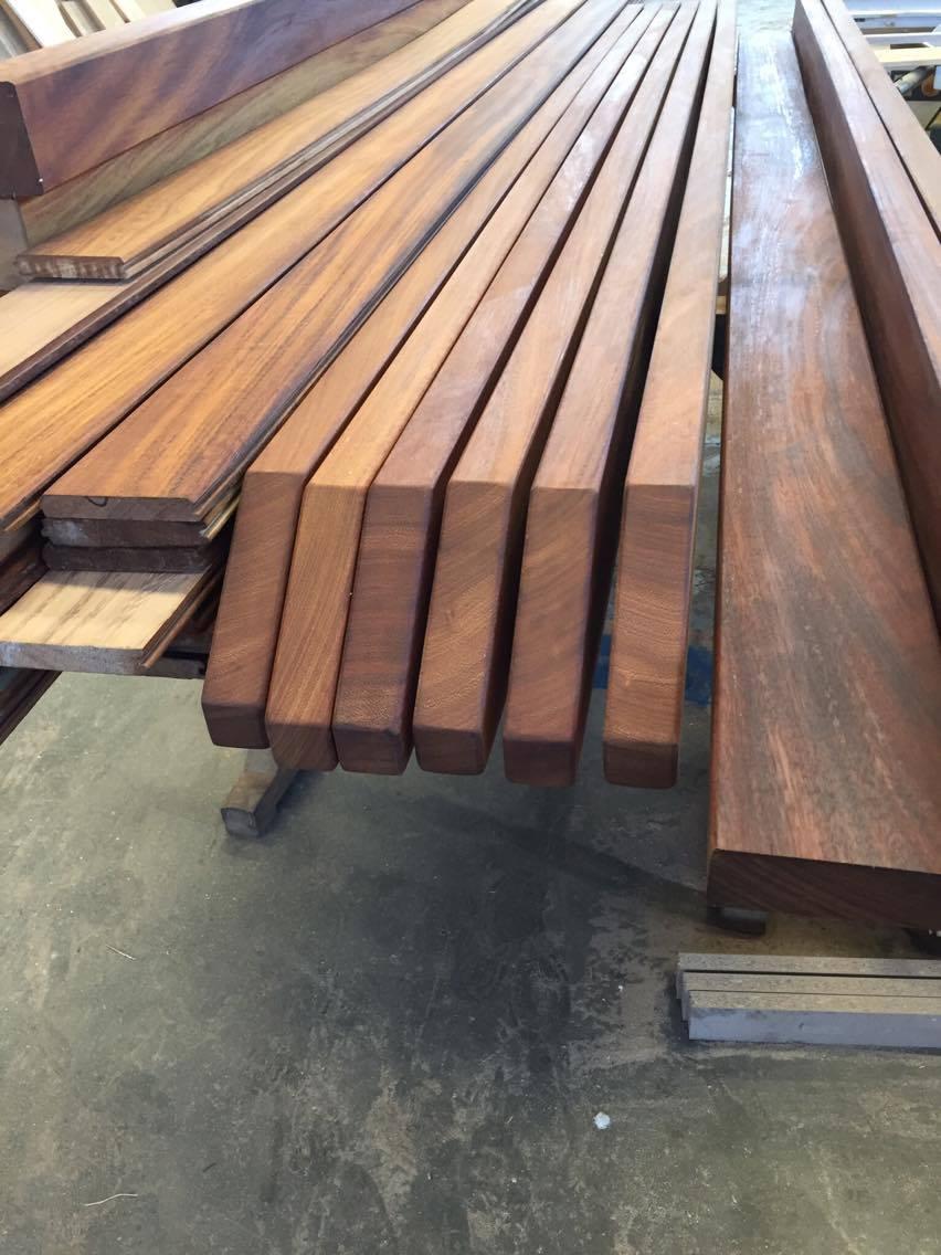 Σύθνετη ξυλεία σε στέγη σε ξενοδοχειακή μονάδα στην Ιο - Έργα Αντωνόπουλος